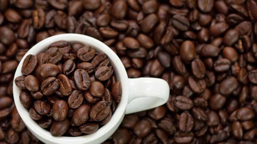 فواید و مضرات کافئین