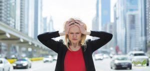 ۵ عادت روزانه که به مغز شما آسیب میزند