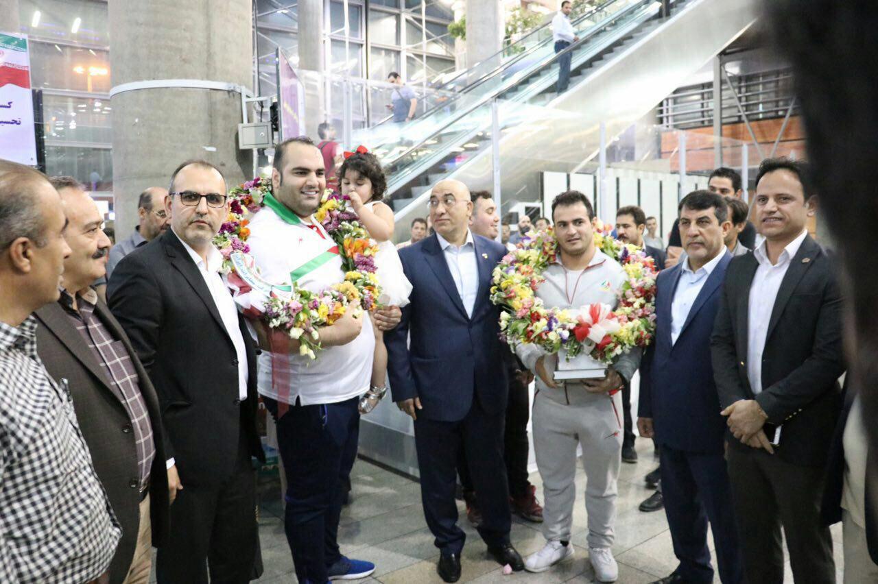 ورود ورزشکاران به ایران