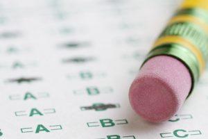 مداد روی برگهی پاسخنامه