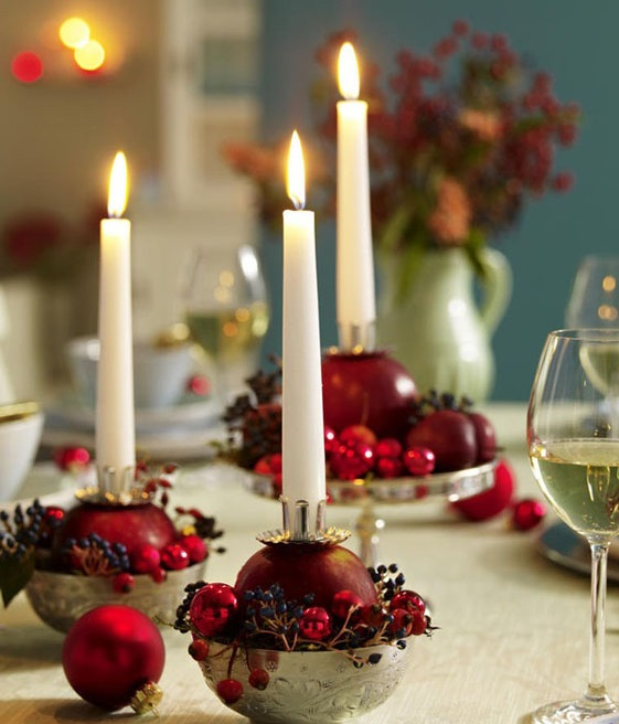 شمع و انار در سفره شب یلدا