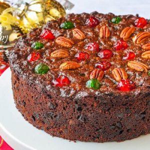 کیک میوهای کریسمس