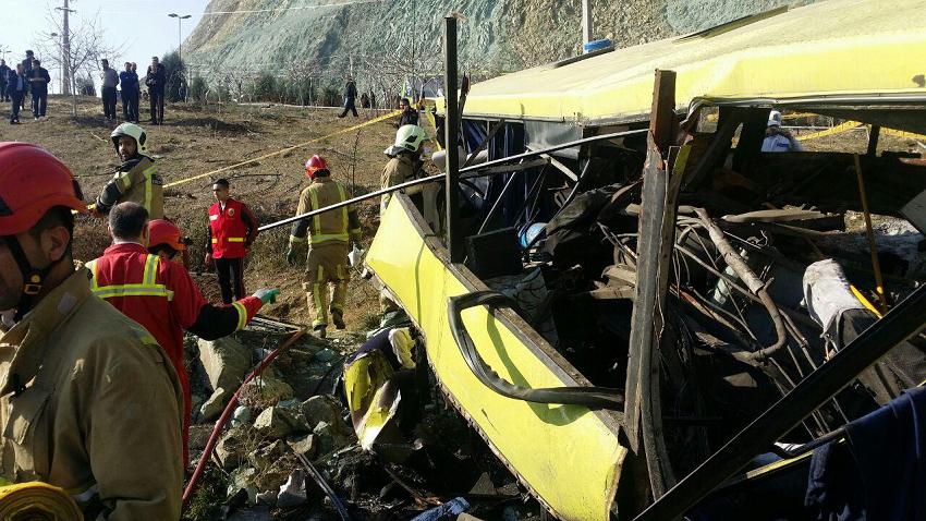 اتوبوس حادثه دیده دانشگاه ازاد