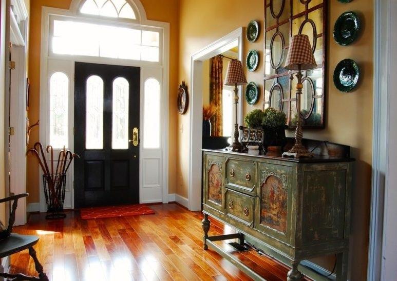 دکوراسیون ورودی خونه,چیدمان ورودی فضای خانه,دکوربندی گیاهان برای ورودی آپارتمان,گیاهان آپارتمانی